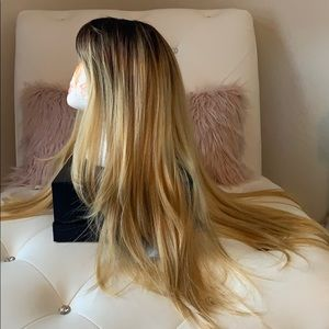 """Outre Accessories - NWT Outre Natural Yaki 24"""" Straight Blonde Eco Wig"""